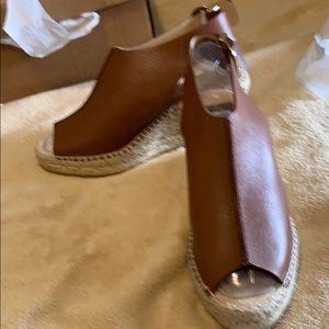 Kanna leather sandal
